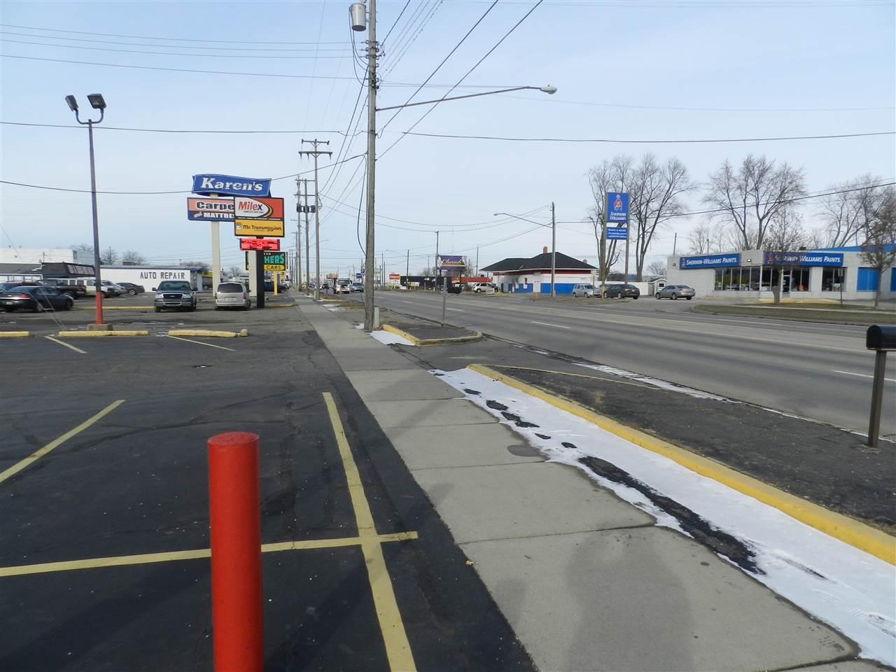 2320 S Dort Highway, Flint, MI 48507