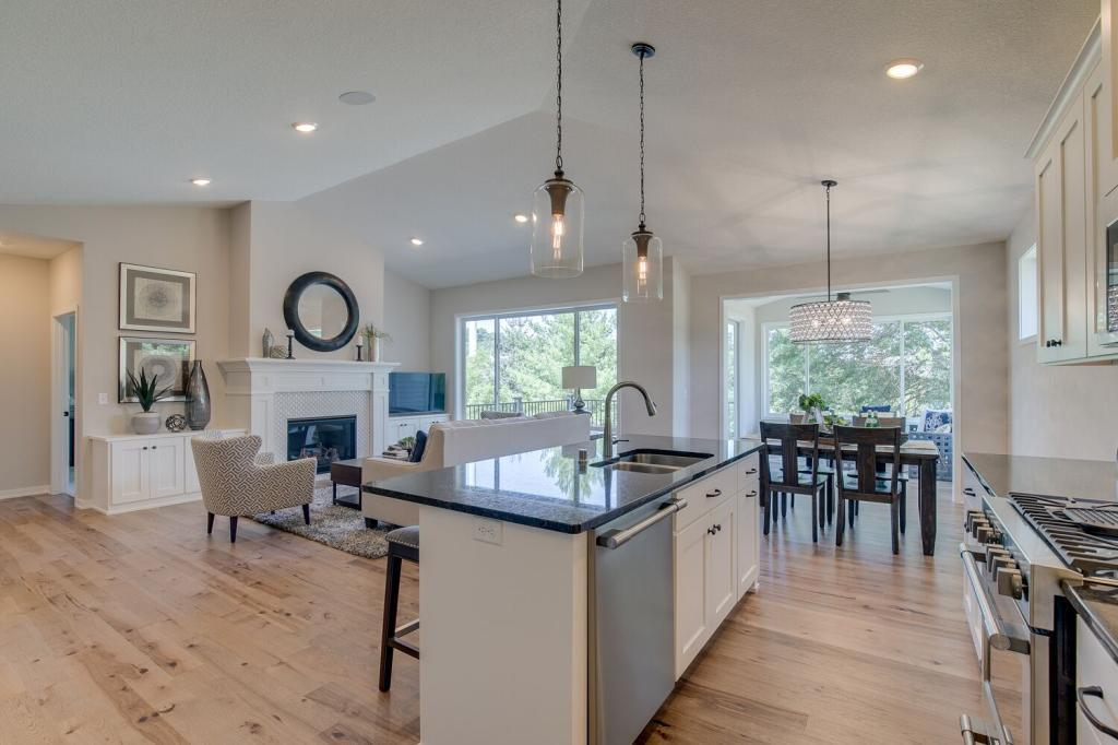 7331 Harkness Way South, Cottage Grove, MN 55016