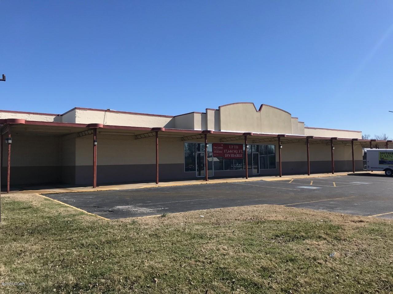 1230 East 7th Street, Joplin, MO 64801