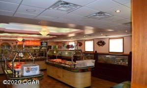 1401 NE Rangeline Road, Joplin, MO 64801