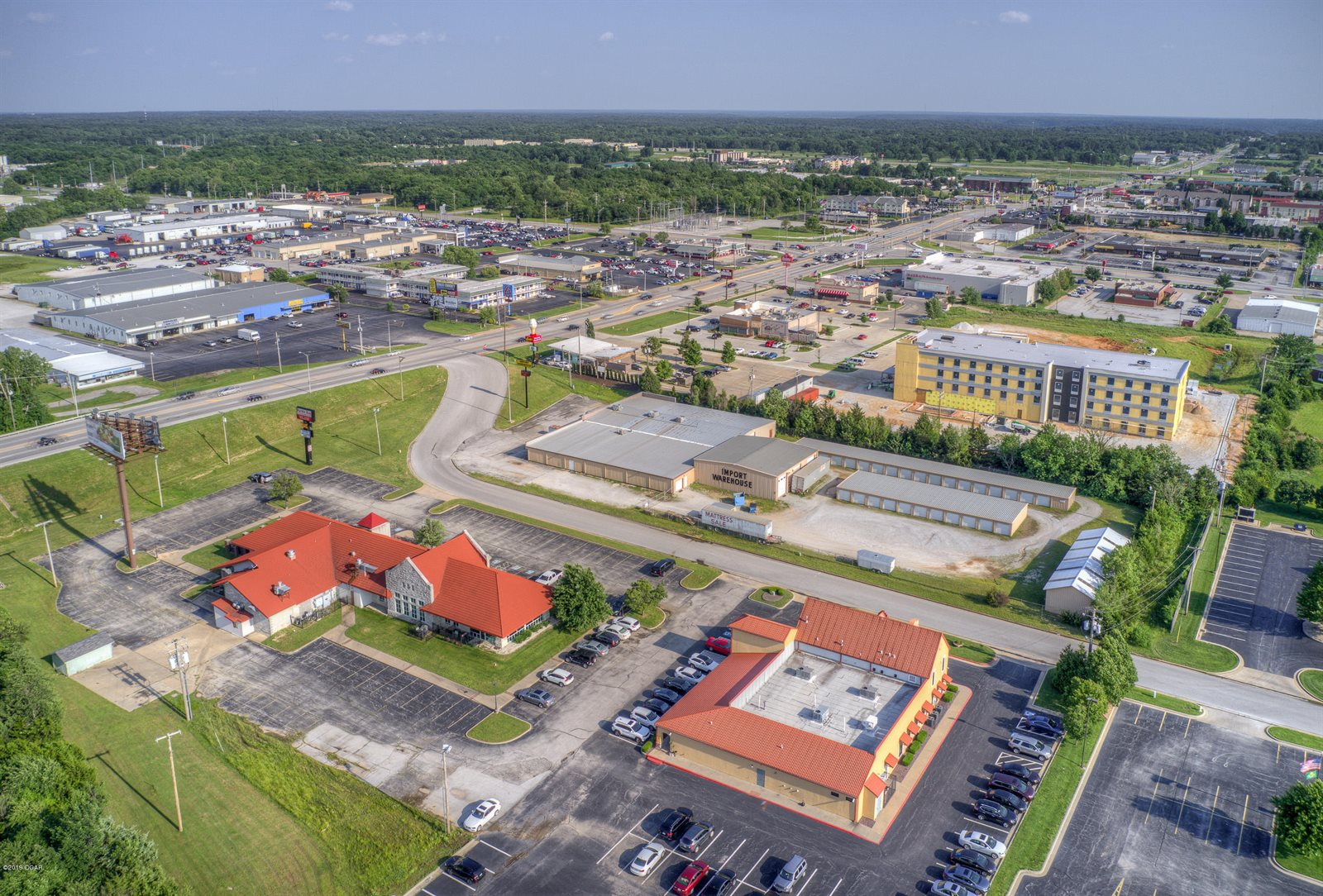 2850 Rangeline Road, Joplin, MO 64804