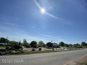 1711 South Duquesne, Joplin, MO 64801