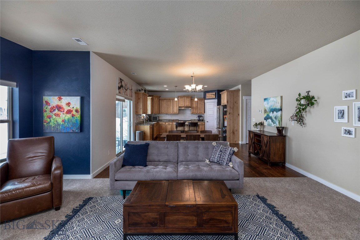 4898 Golden Gate Avenue, Bozeman, MT 59718