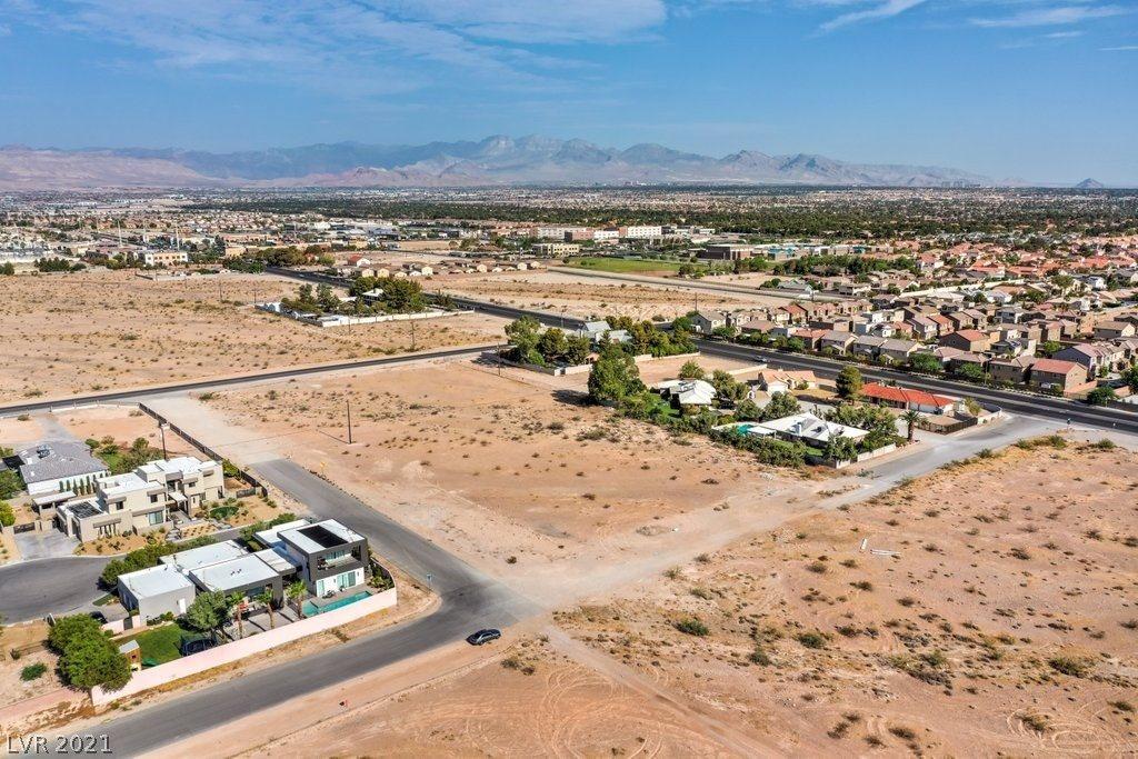 Russell, Las Vegas, NV 89118