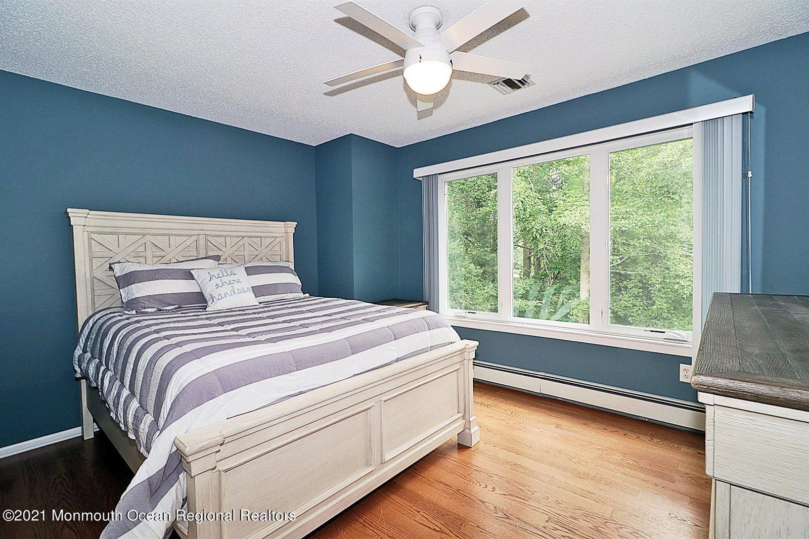 1554 Ridgeway Road, Toms River, NJ 08755