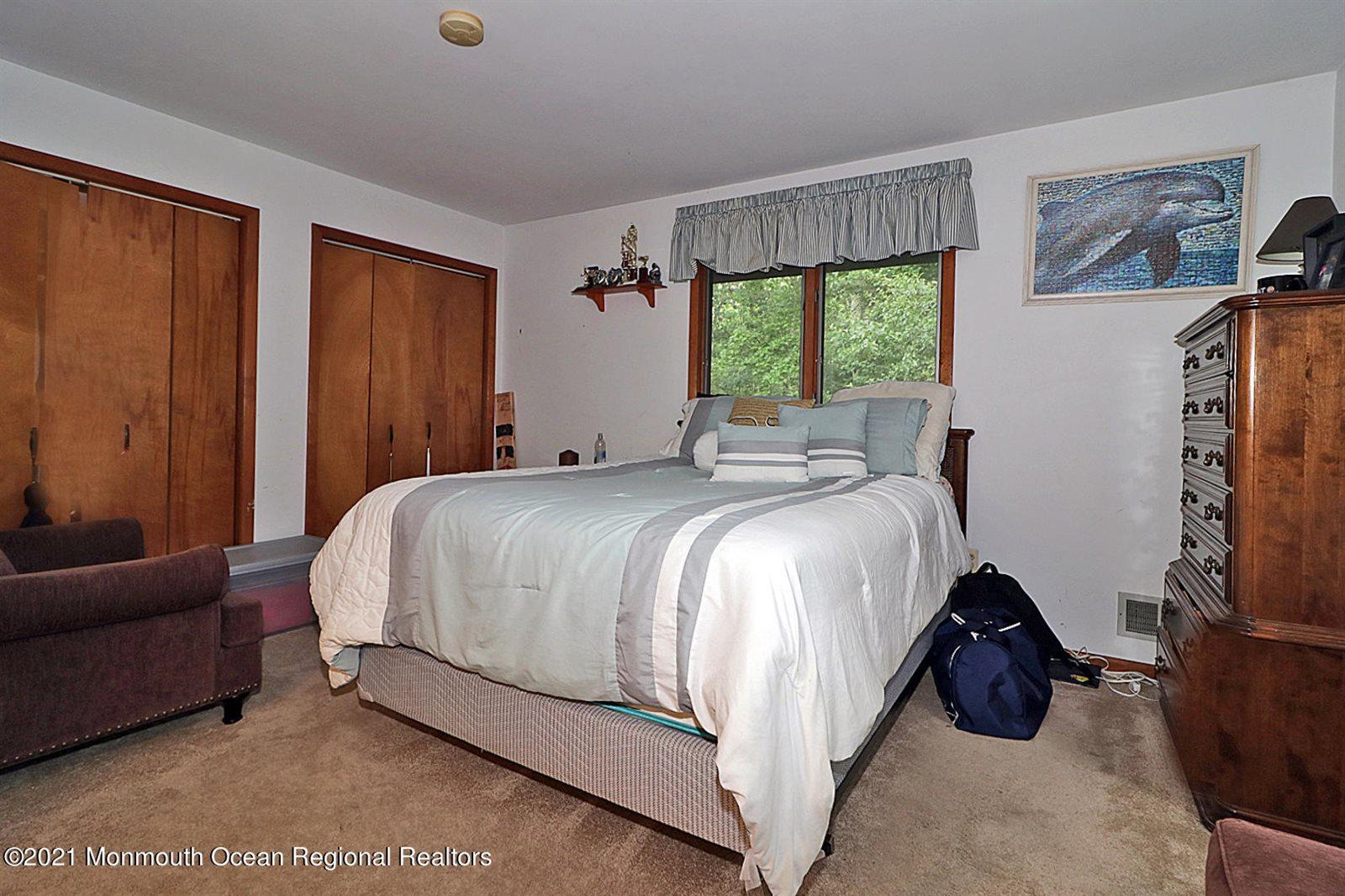 1538 Ridgeway Road, Toms River, NJ 08755