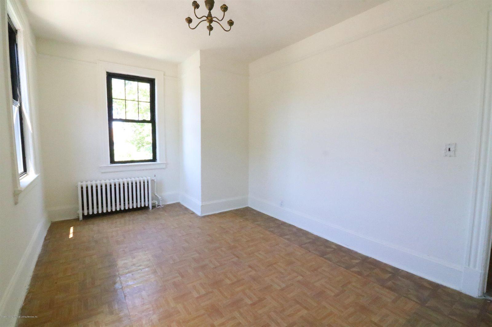 63 Lafayette Avenue, Staten Island, NY 10301