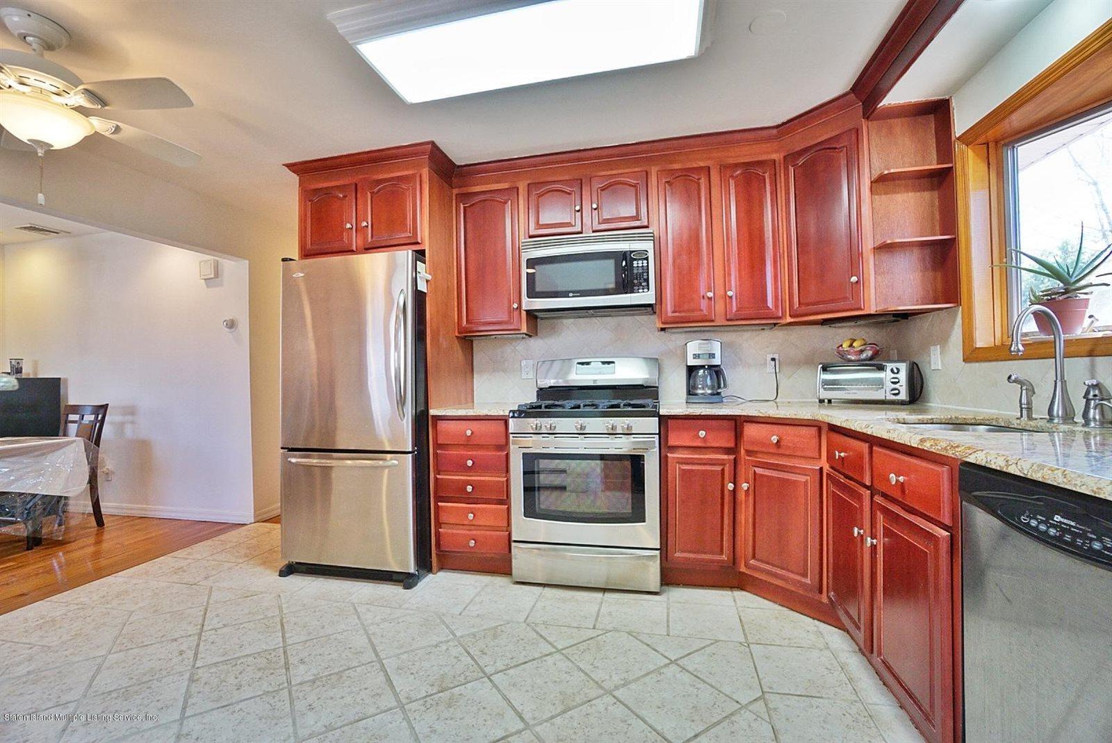 849 Jewett Avenue, Staten Island, NY 10314