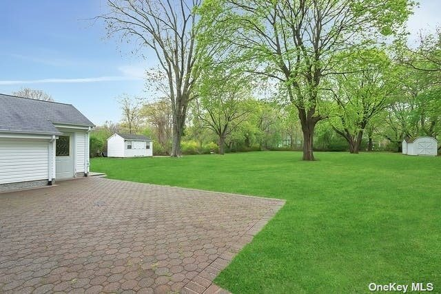 454 Old Country Road, Melville, NY 11747