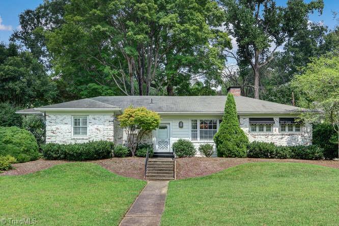 106 Meadowbrook Terrace, Greensboro, NC 27408