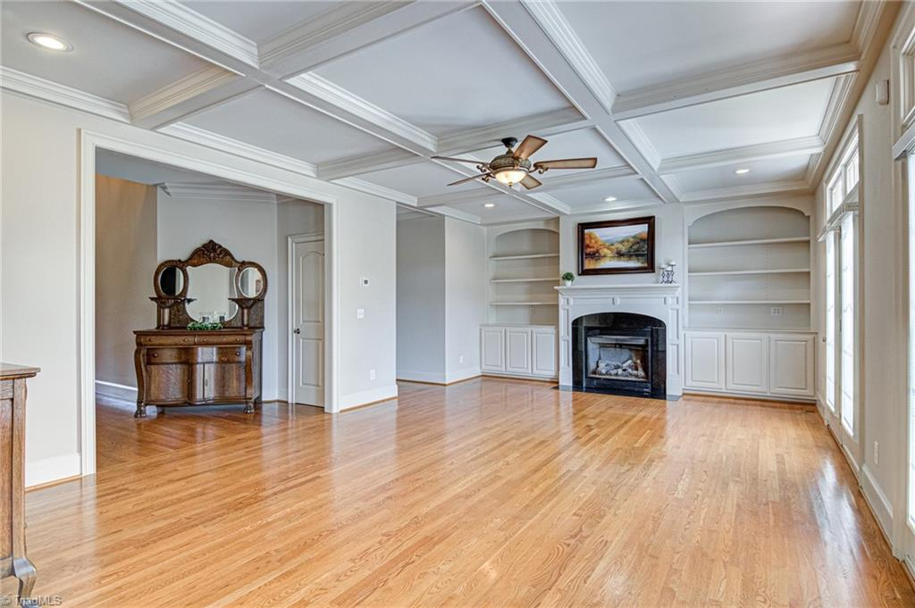 7810 Charles Place Drive, Kernersville, NC 27284