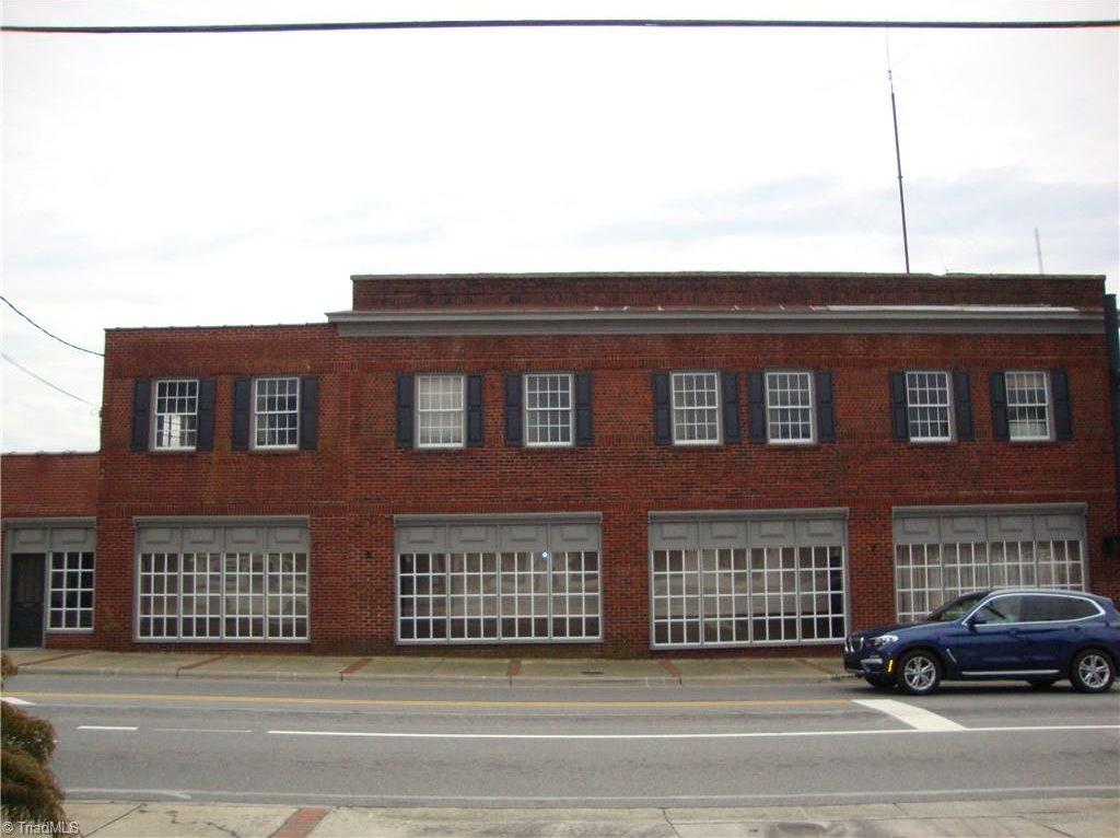 101 East Mountain Street, Kernersville, NC 27284