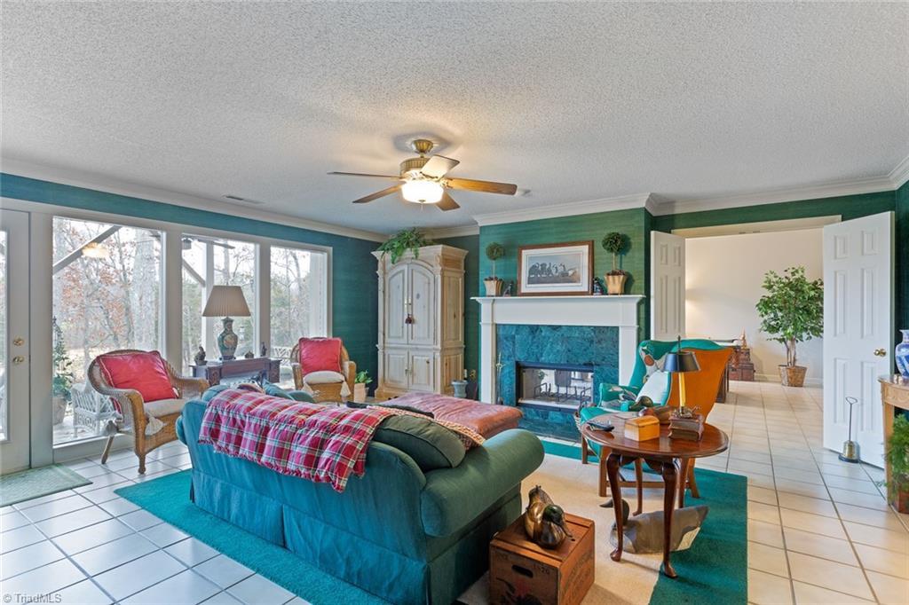 403 Cascade Drive, High Point, NC 27265