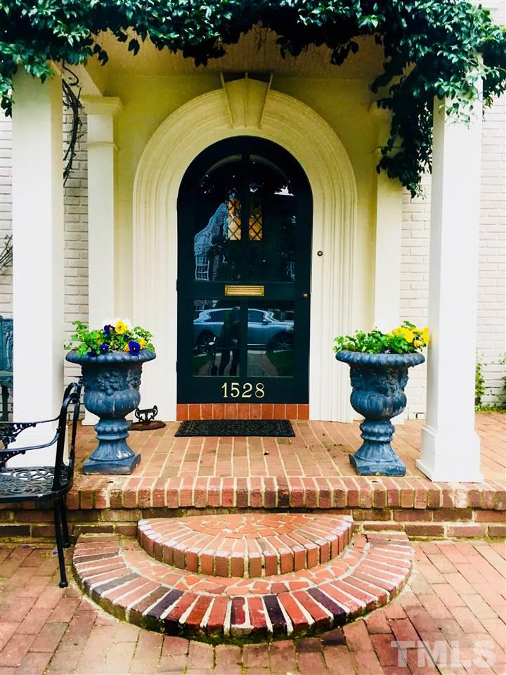 1528 Carr Street, Raleigh, NC 27608