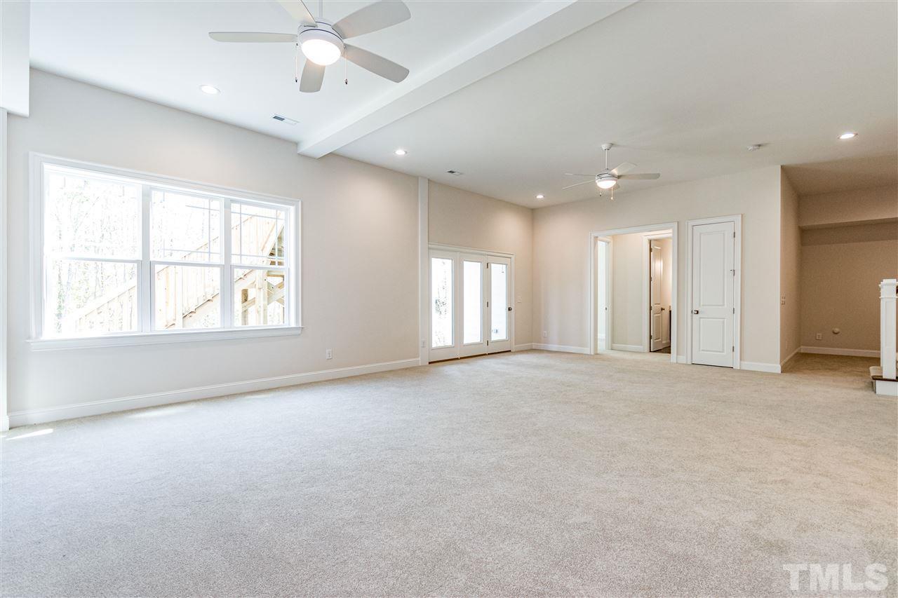 512 Broadly Glen Court, Cary, NC 27519