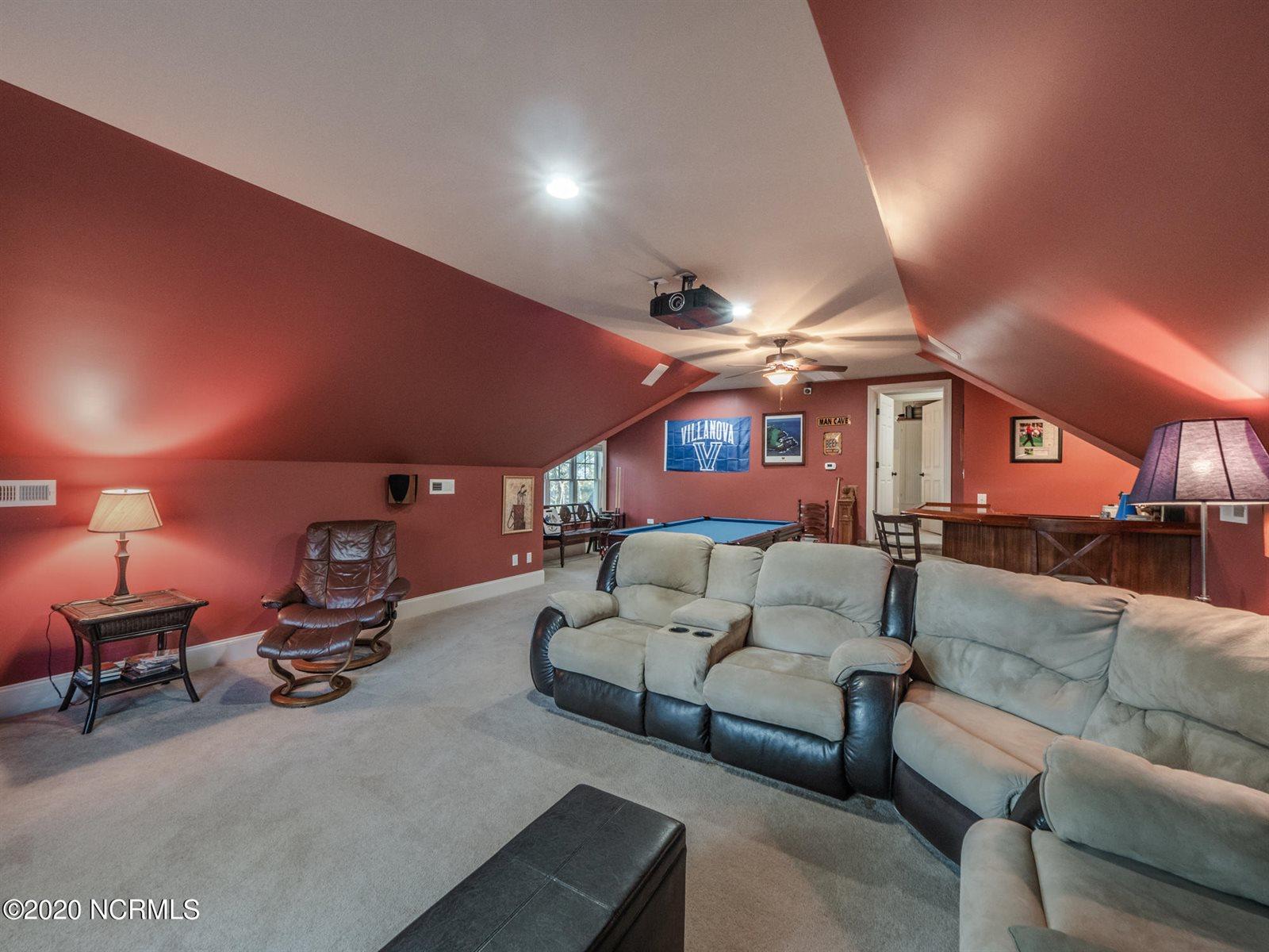 8908 Champion Hills Drive, Wilmington, NC 28411