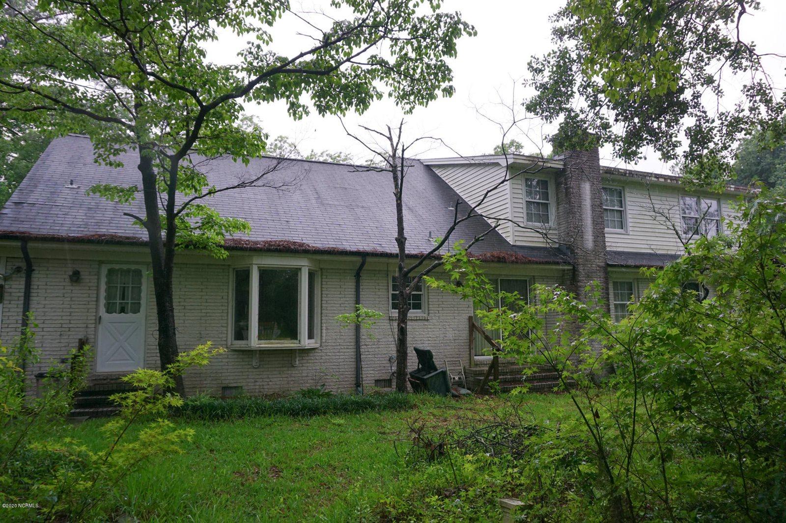 909 Pine Grove Drive, Wilmington, NC 28409