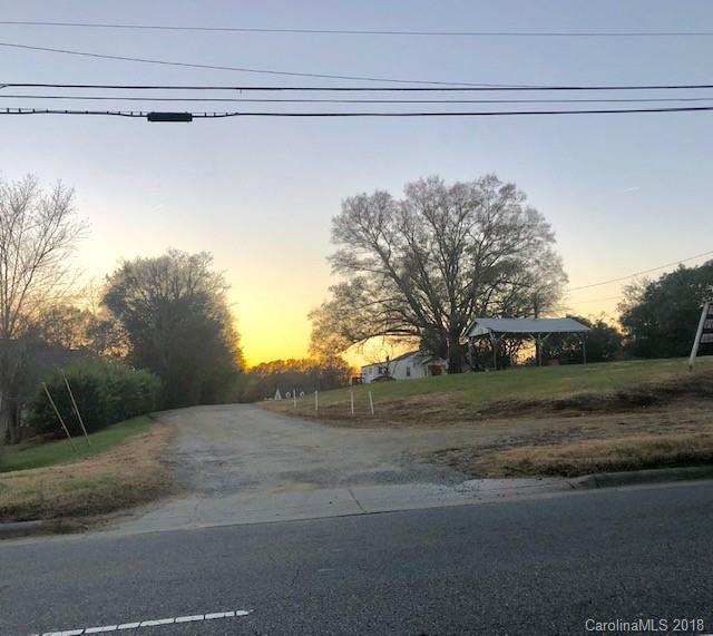927 Kannapolis Parkway, Concord, NC 28027