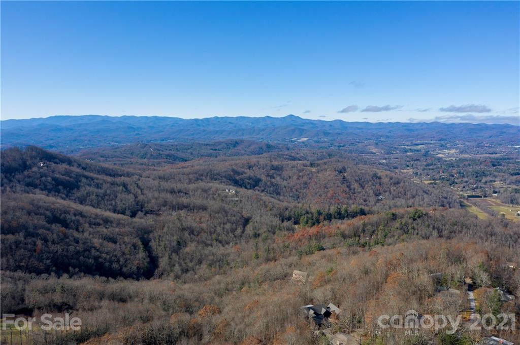 275 Tower Circle, Hendersonville, NC 28739
