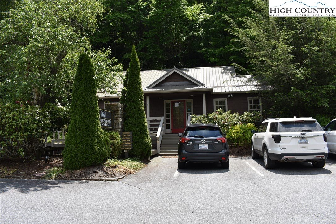2237/2271 South Highway 105 Highway, Boone, NC 28607