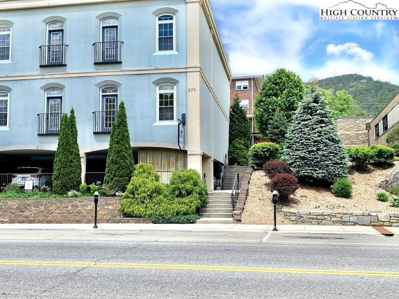 870 West King Street, #C & D or D & E, Boone, NC 28607
