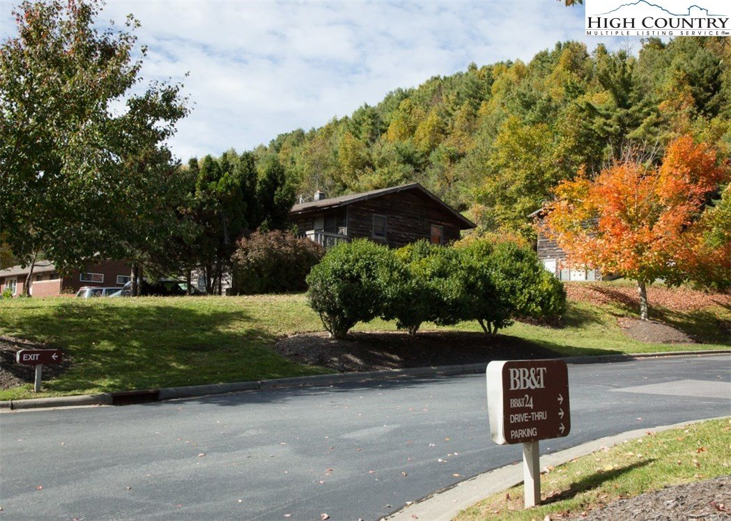 2490 South Highway 105 Highway, Boone, NC 28607
