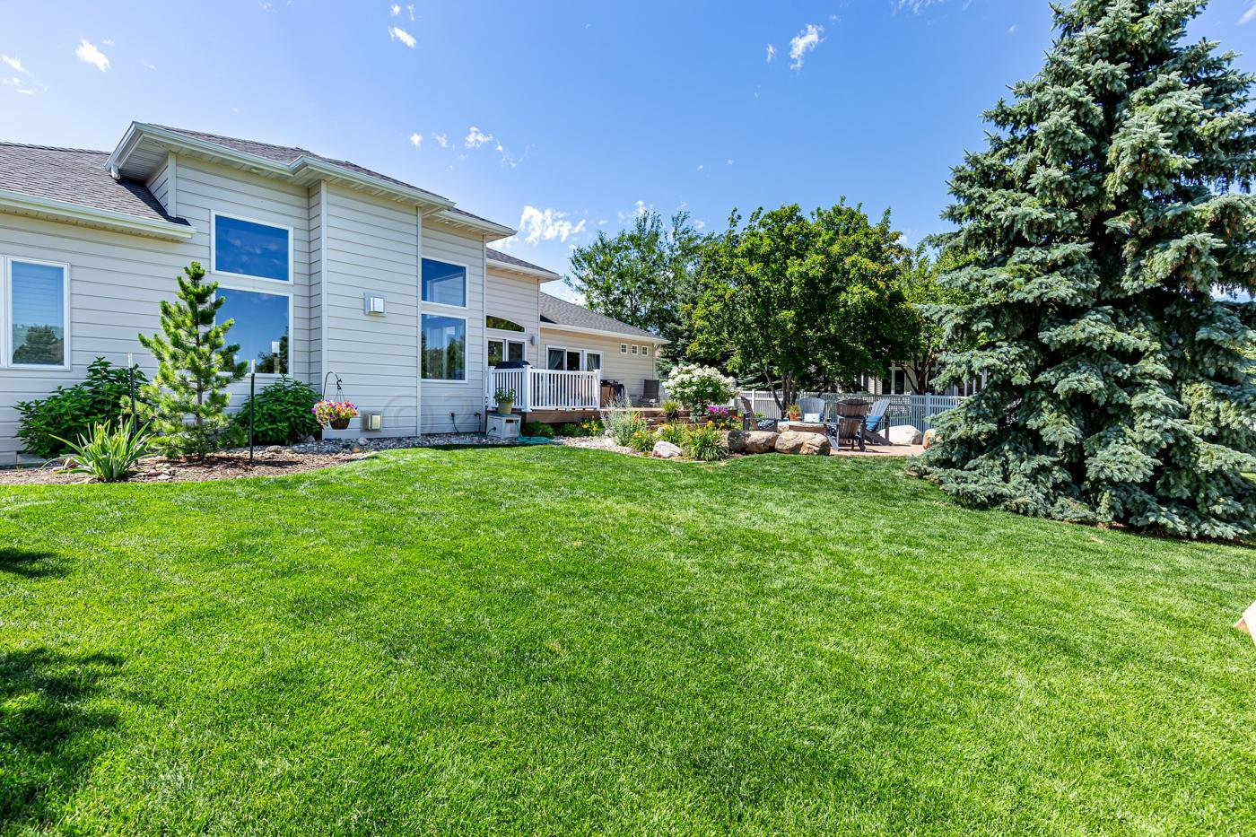 4604 Timberline Drive South, Fargo, ND 58104
