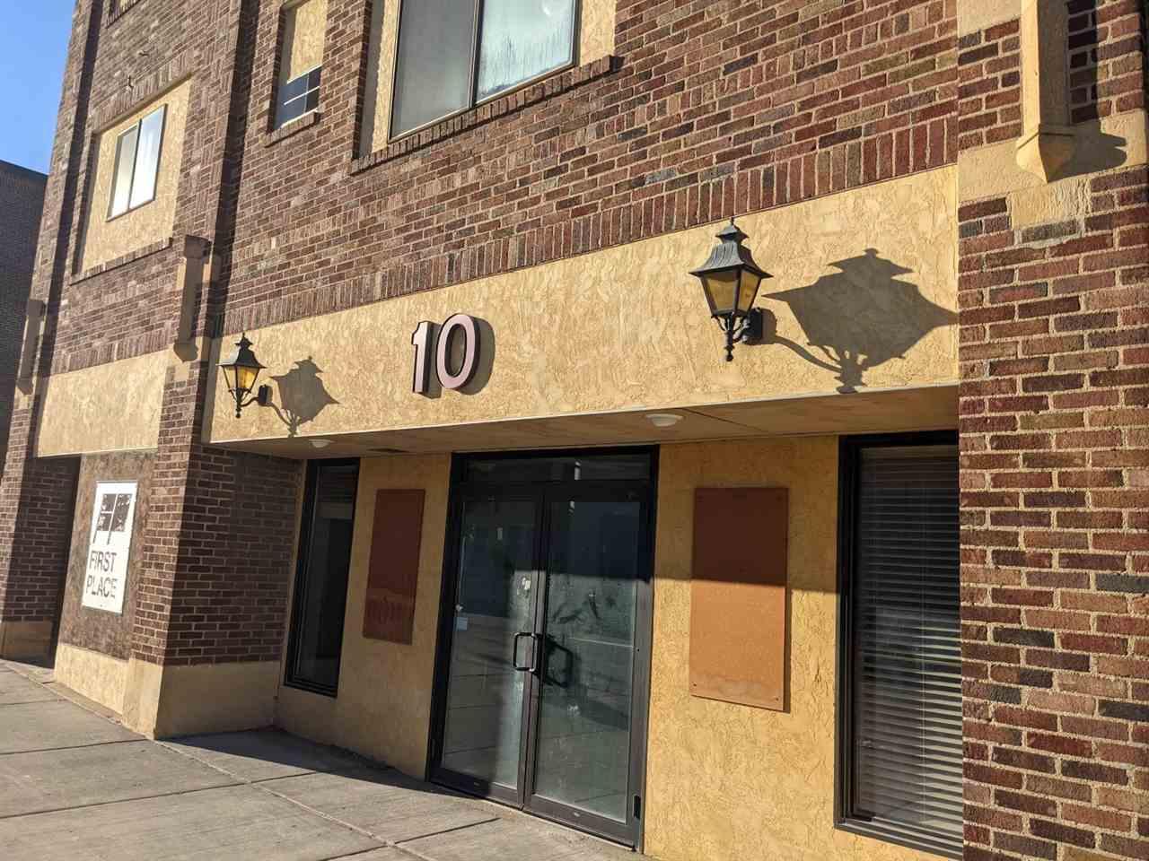 10 1st St SW, Minot, ND 58701