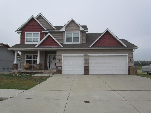 2416 NW 15th St, Minot, ND 58703