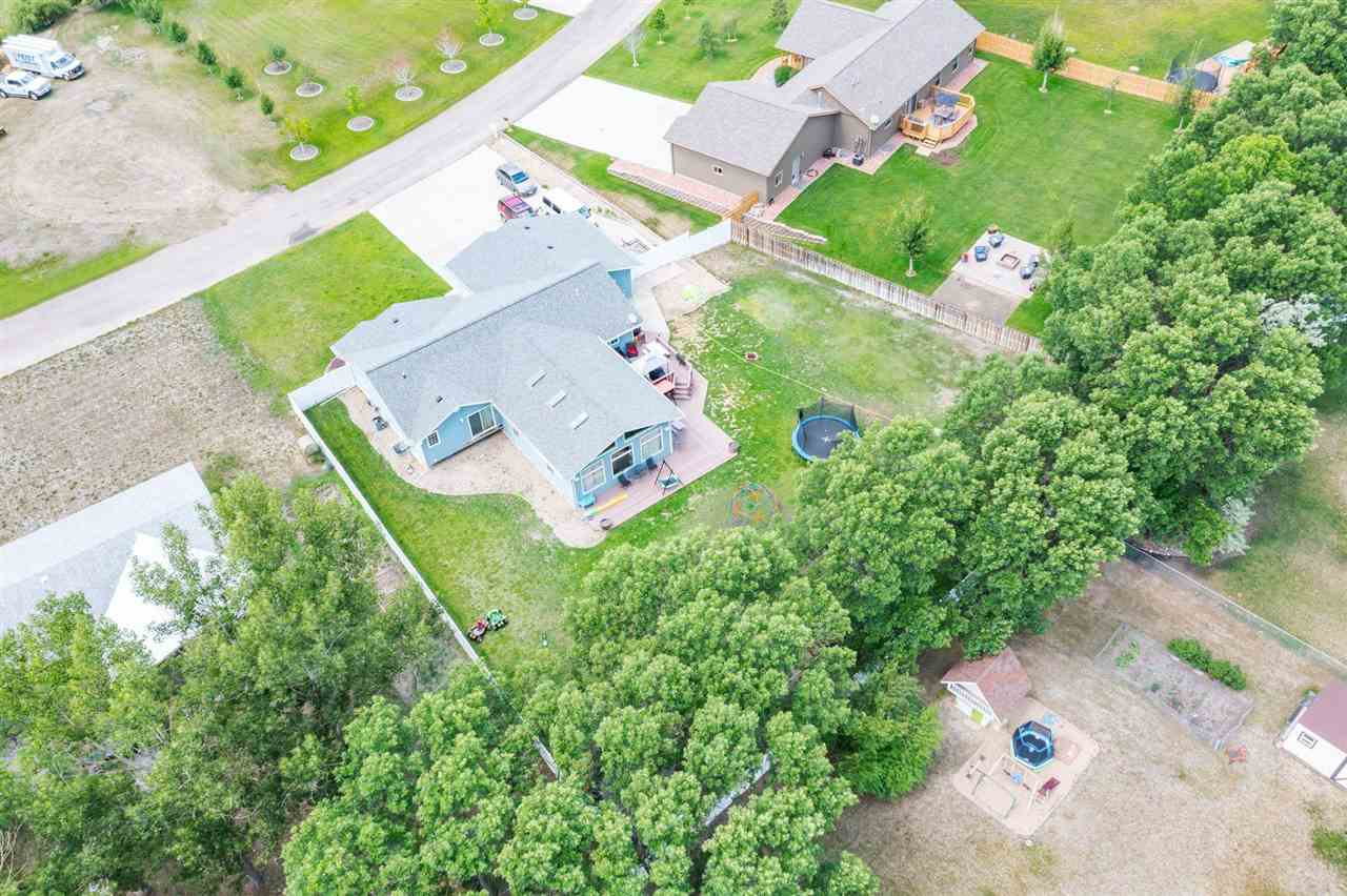 1810 65TH ST NW, Minot, ND 58703