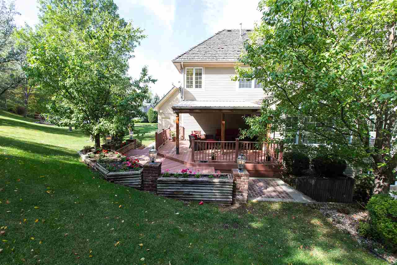 1421 12th St SW, Minot, ND 58701