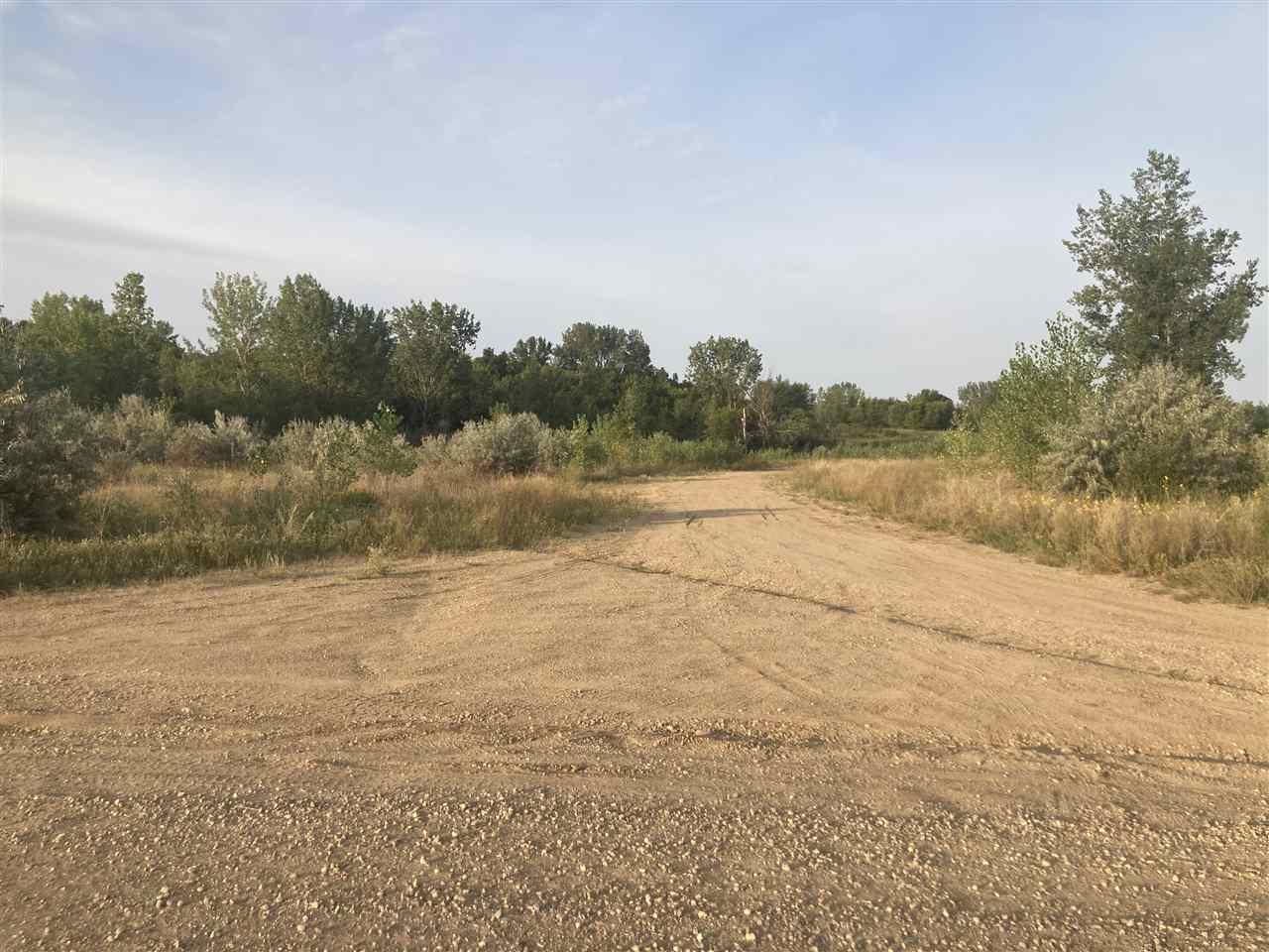 2715 Elk Drive, Minot, ND 58701