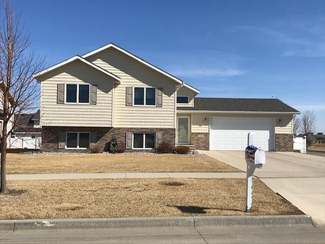 3993 19TH Street South, Grand Forks, ND 58201