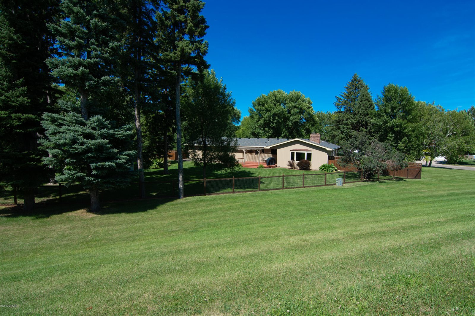 109 32ND Avenue South, Grand Forks, ND 58201