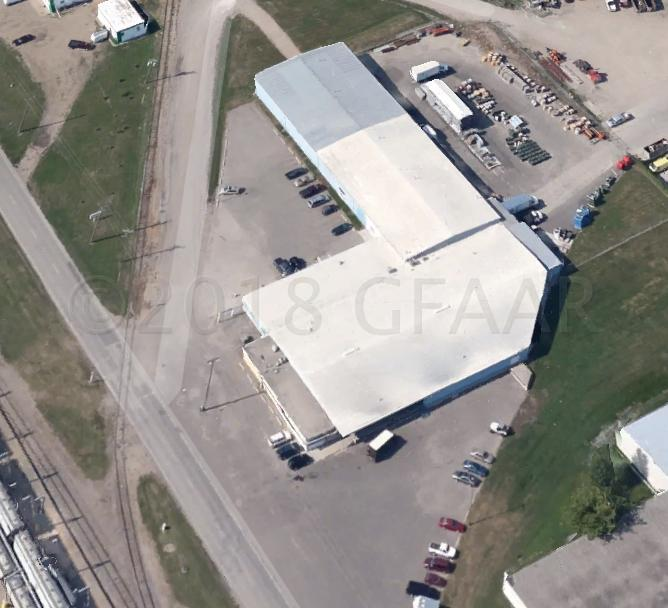 2104 Mill Rd, Grand Forks, ND 58203