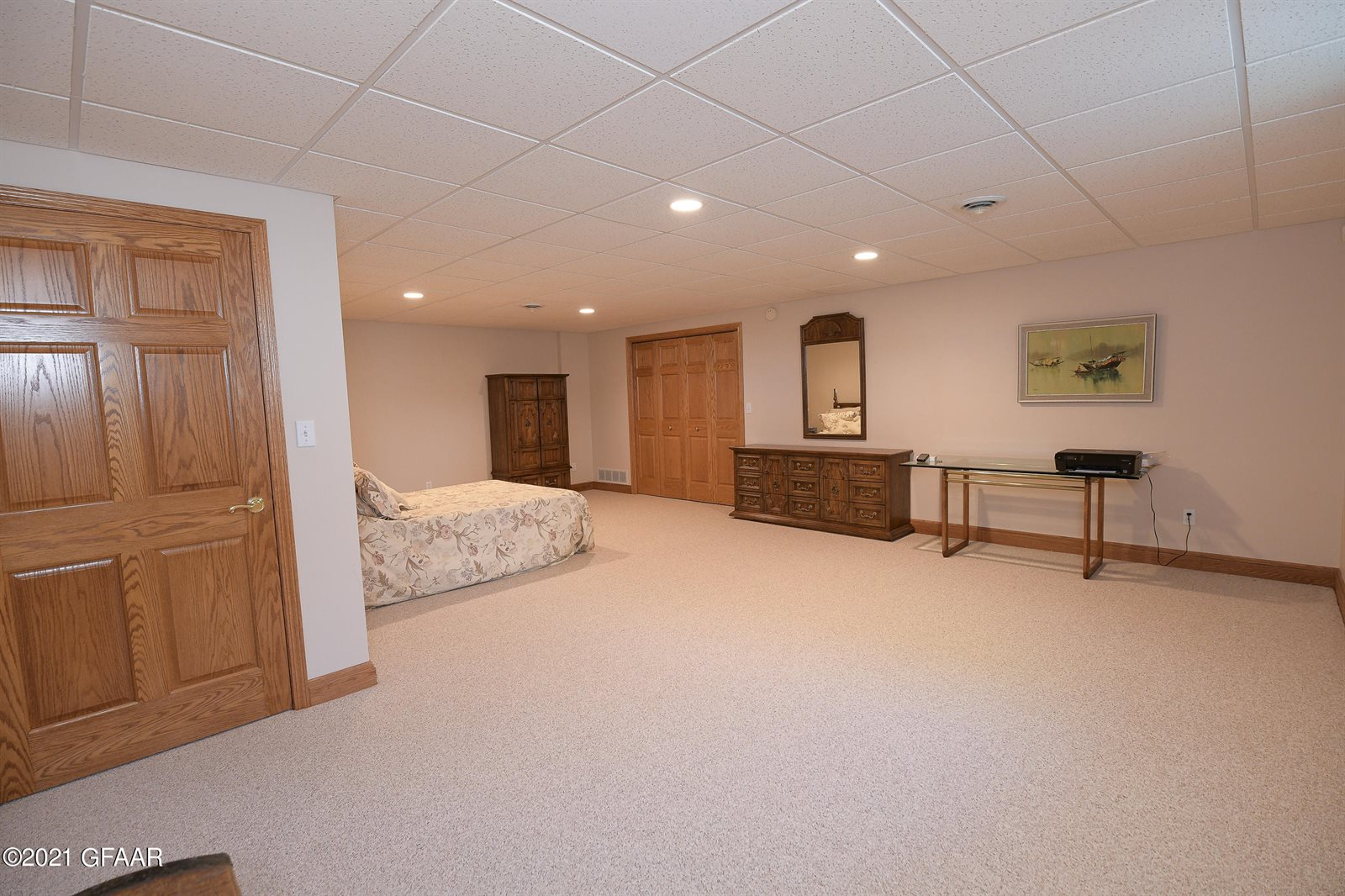 1201 Russet Circle, Grand Forks, ND 58201