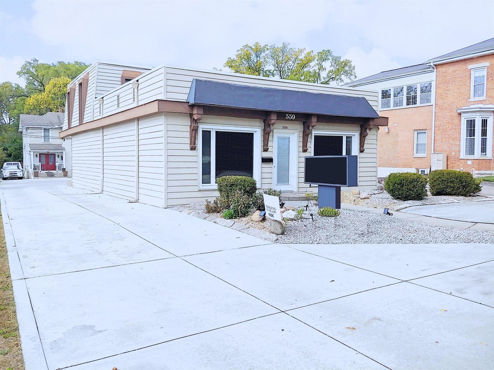 559 High Street, Worthington, OH 43085
