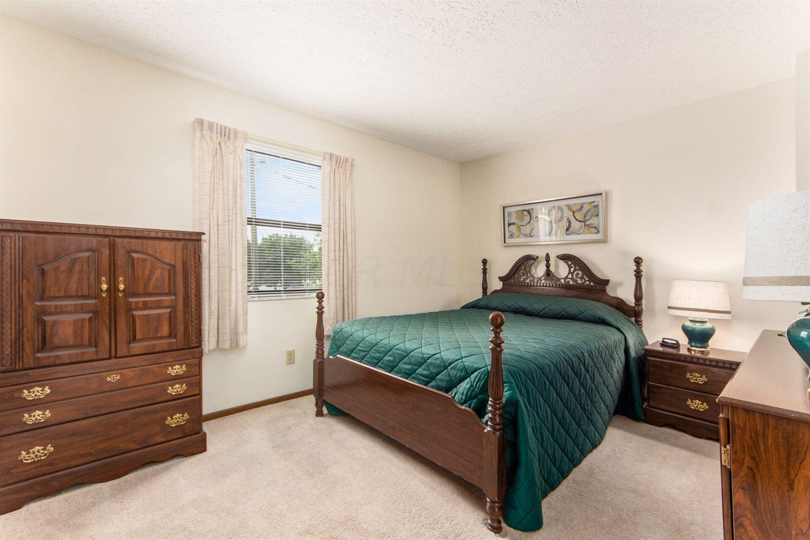 649 Alta View Court, Worthington, OH 43085
