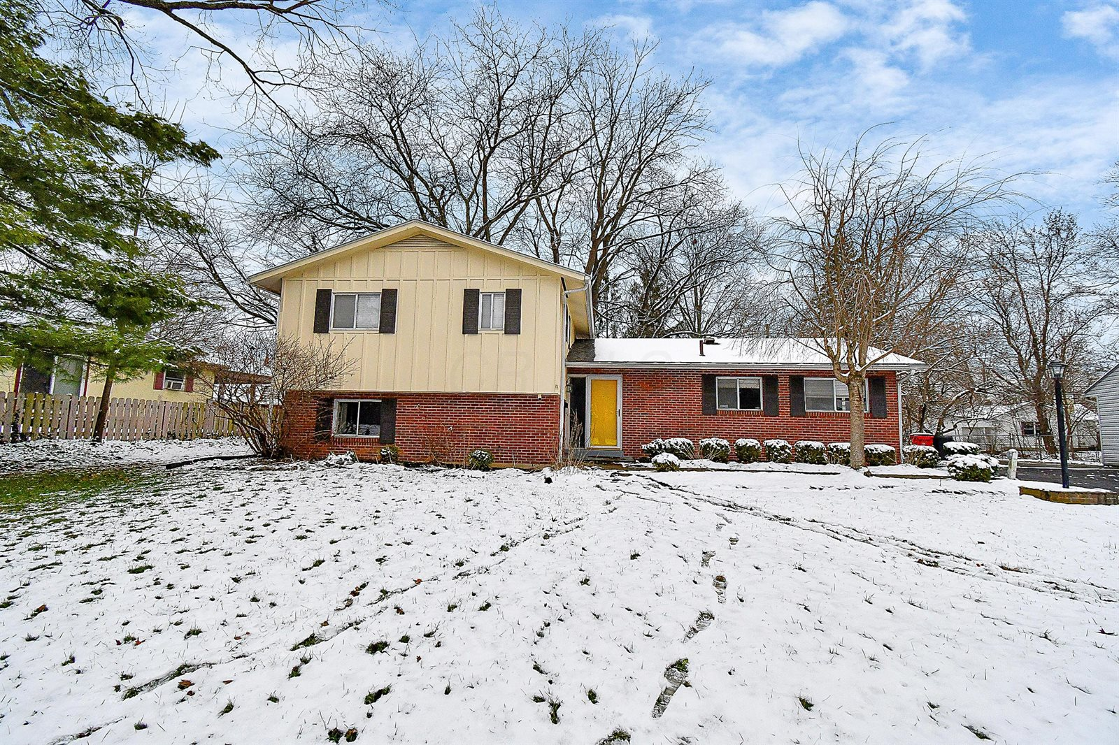 423 East Stafford Avenue, Worthington, OH 43085