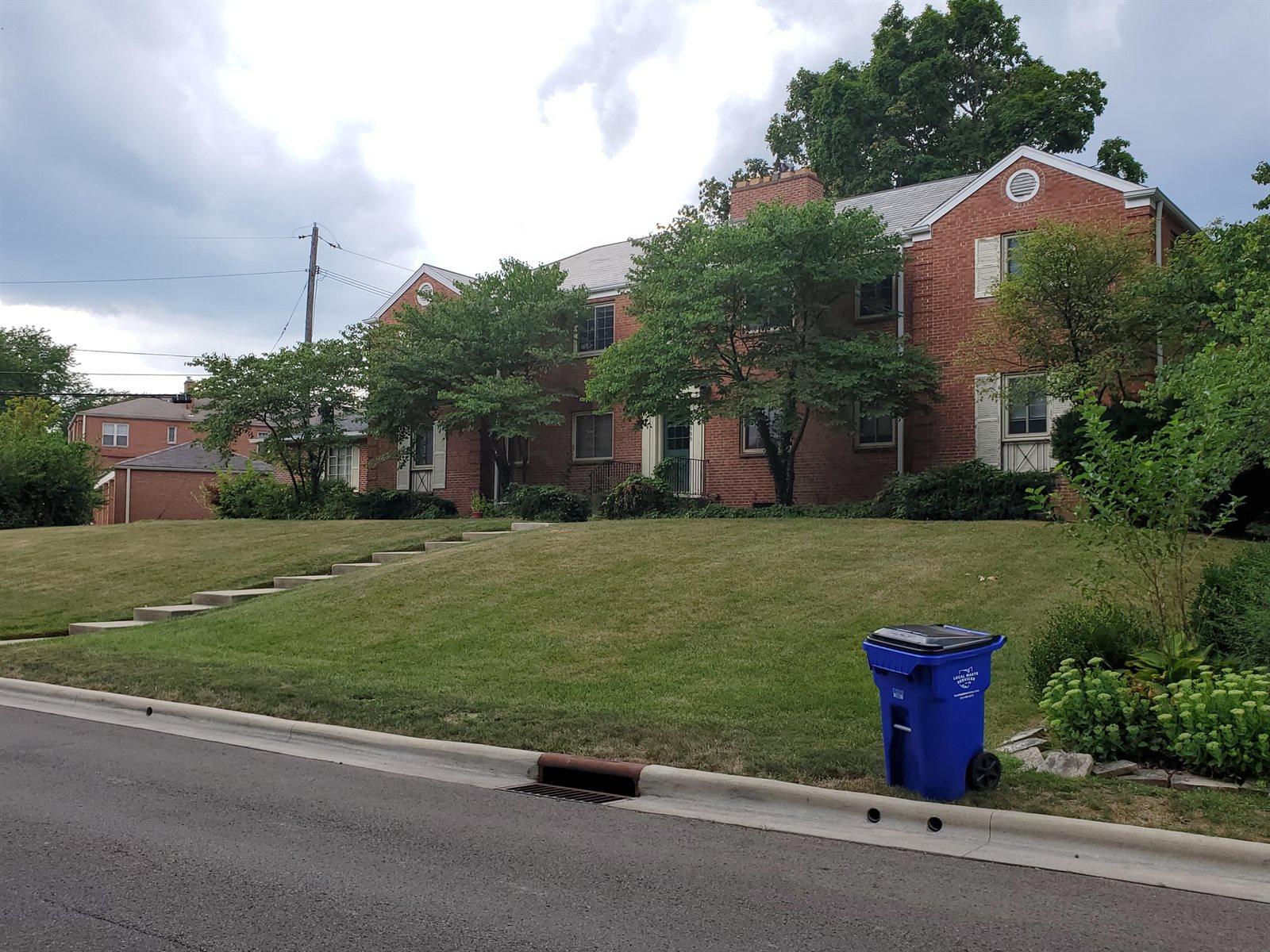 1999 Elmwood Avenue, Upper Arlington, OH 43221