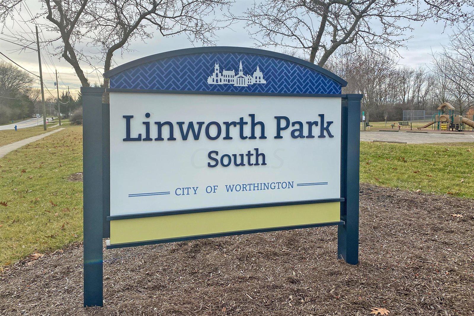 561 Lambourne Avenue, Worthington, OH 43085