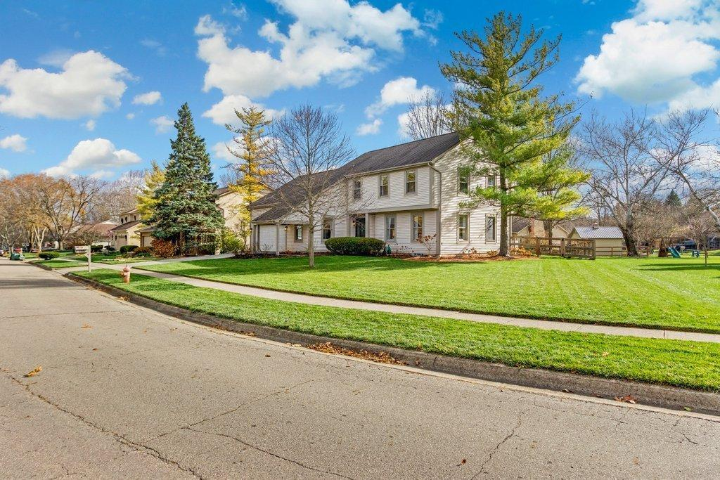 1091 Woodman Drive, Worthington, OH 43085