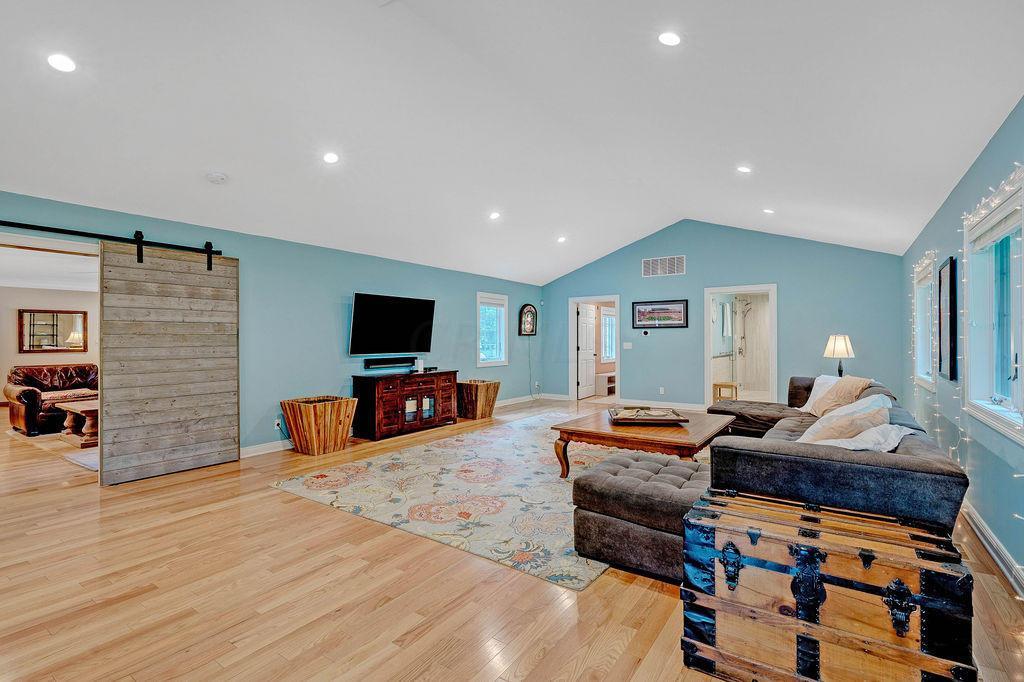 258 Highland Avenue, Worthington, OH 43085