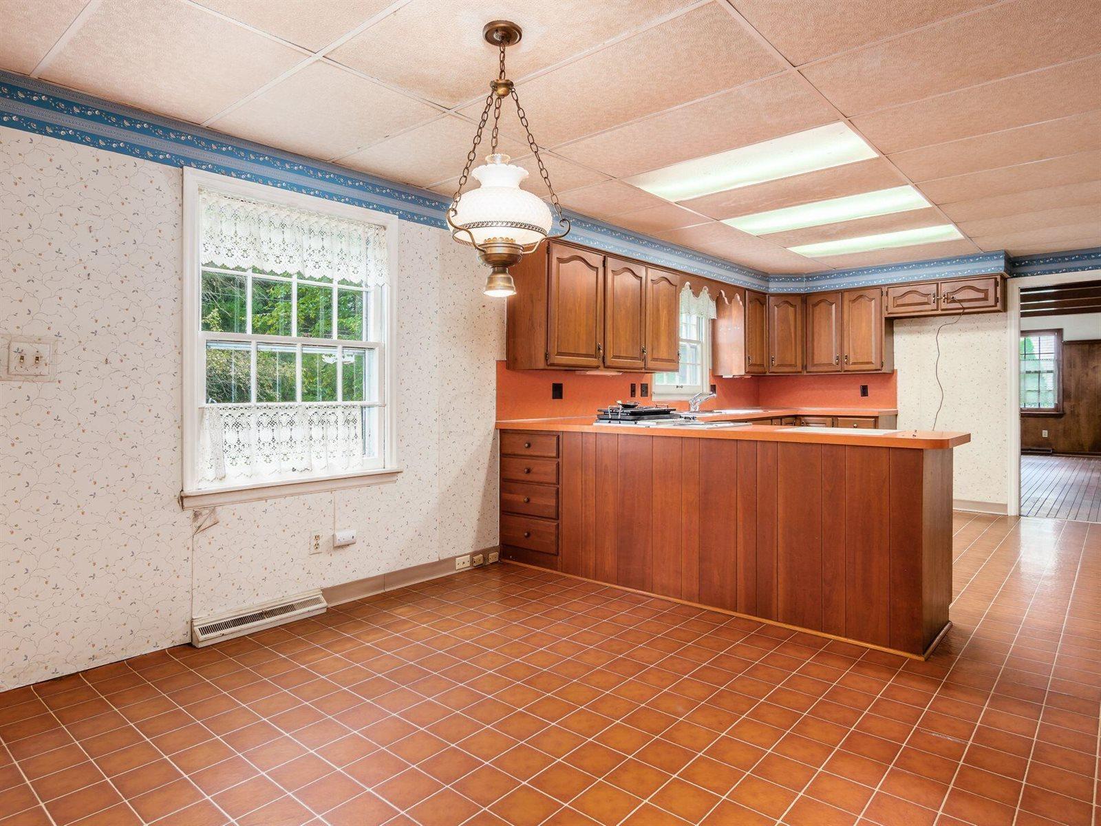 339 Highgate Avenue, Worthington, OH 43085