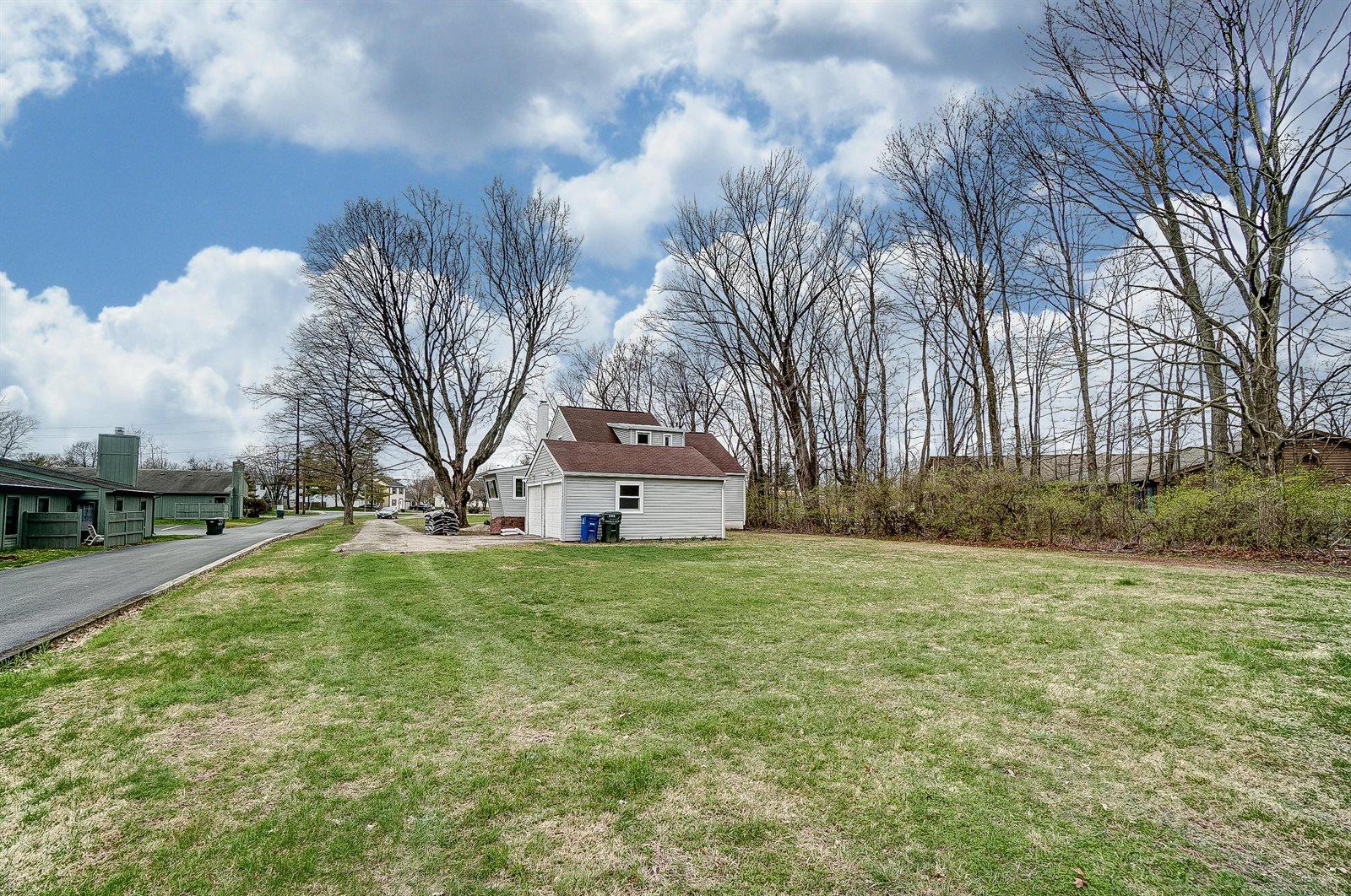 7868 Worthington Galena Road, Worthington, OH 43085