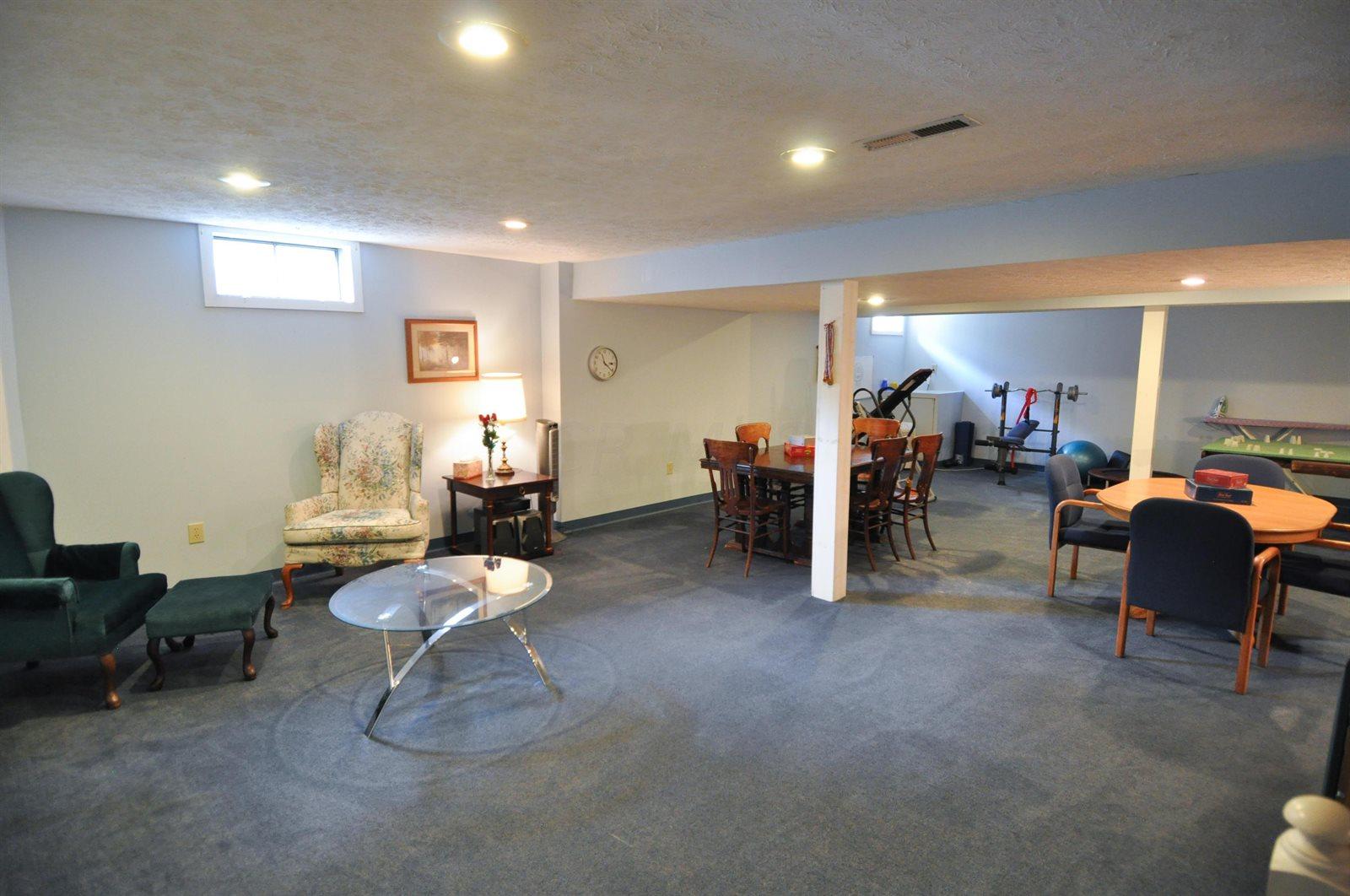 1453 Buck Trail Lane, Worthington, OH 43085