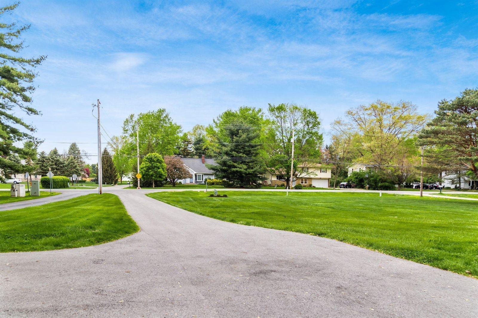 6636 Worthington Galena Road, Worthington, OH 43085