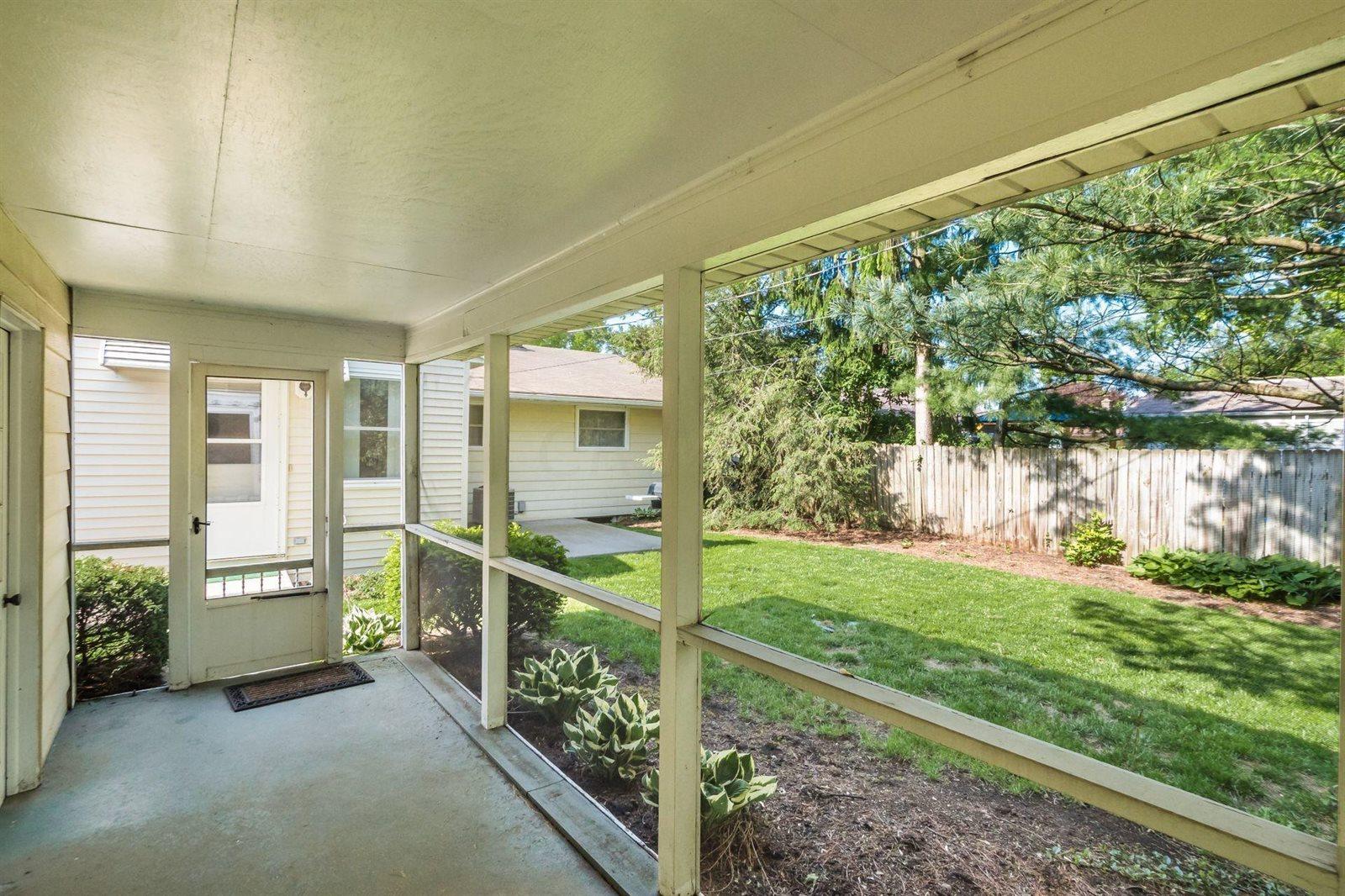 348 East Stafford Avenue, Worthington, OH 43085