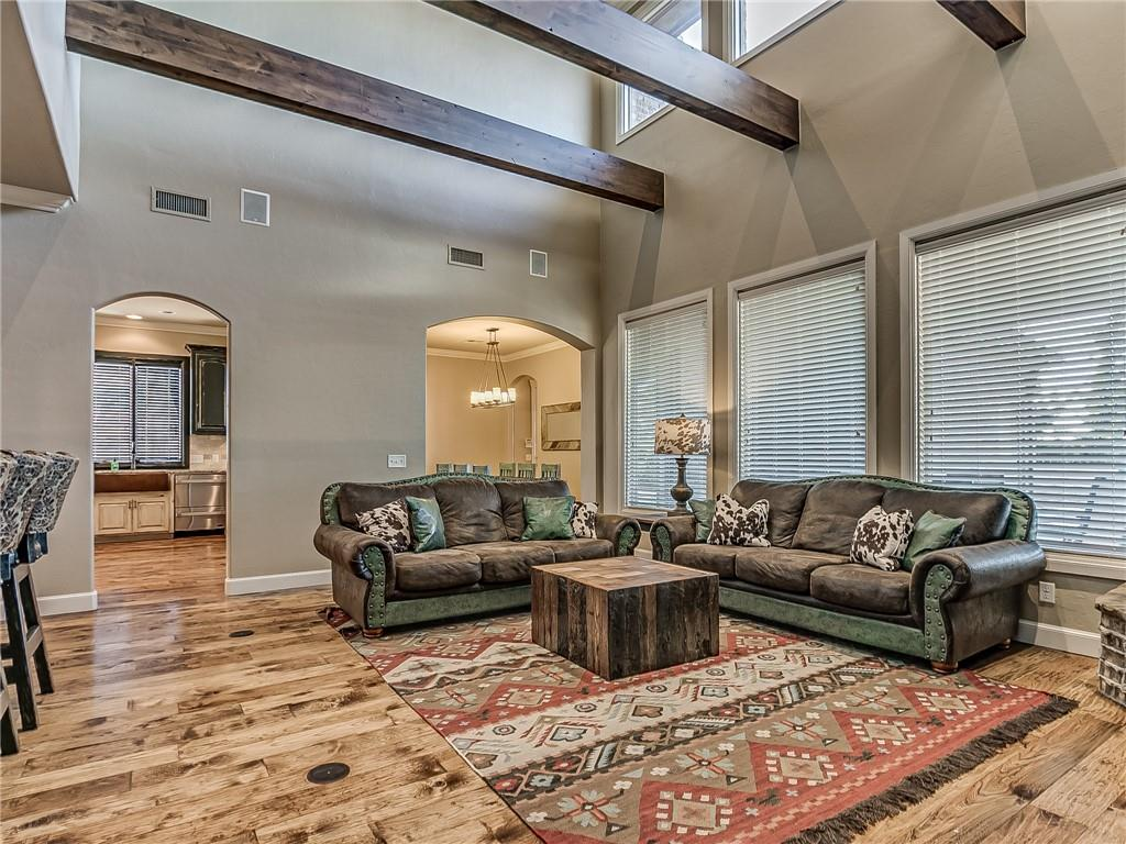 3200 None Rolling Woods Dr, Norman, OK 73072