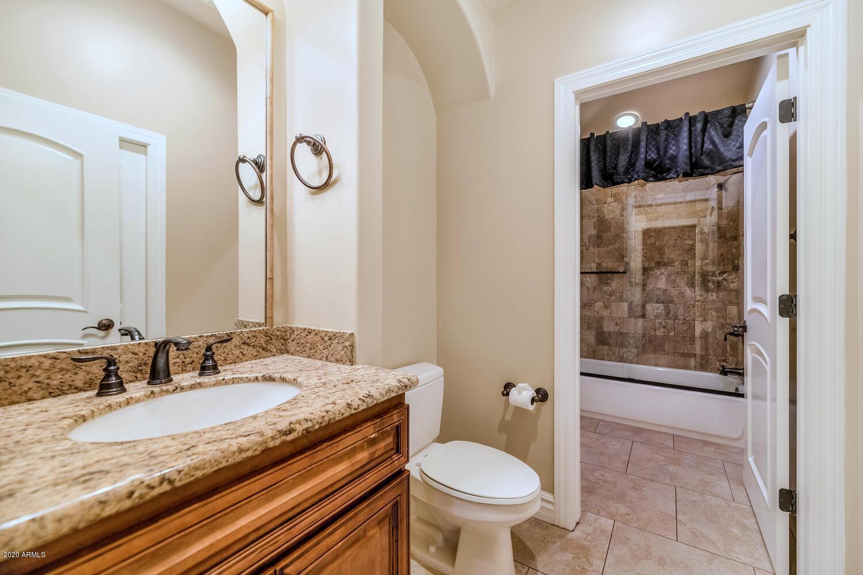 8305 East Leonora Street, Mesa, AZ 85207